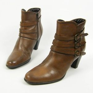 Clarks Brown Leather Media Blitz Ankle Boots 8.5 M